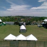 49359471_1-imagens-de-tenda-palco-camarote-gerador-banheiro-quimico-grade-fechamento-lona-de-circo